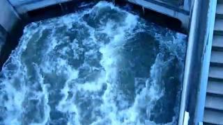 шлюзы некара(шлюзы реки некар недалеко в городе Маннгейм, Германия. Видео снято для портала www.poiradar.ru., 2010-04-05T16:33:21.000Z)