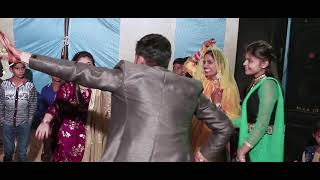 Guru Randhawa:Crazy Habibi Vs Decent Munda |Arjun Patiala|Sunny Leone, Diljit , AMAN & AARTI