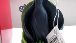 "Wicked ""Defying Gravity"" Ornament - Carlton 2010 - Collector"