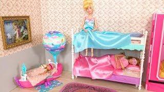 Barbie Chelsea Cinderella Princess Bunk Bed Morning Routine for School نوم باربي Barbie  rosa Quarto