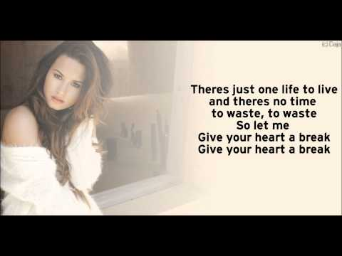 Demi Lovato - Give Your Heart A Break (Acoustic Version/Lyrics)