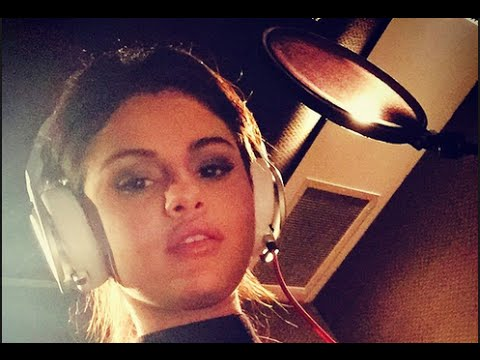 Selena Gomez Teases New Music! (FIRST LISTEN)   Hollywire
