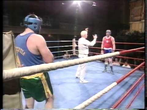 Darren Corbett brutal boxing kayo.