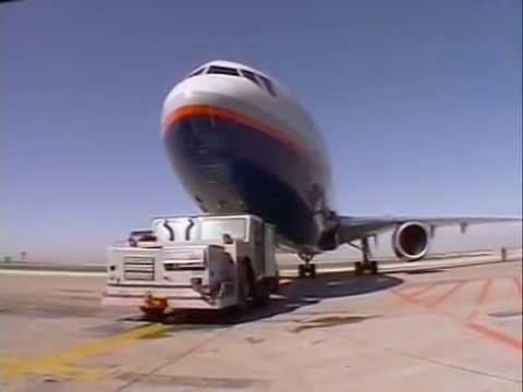 Mighty Machines -  Season 01 Episode 04  - At the Airport