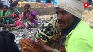 Amid lockdown, workers travel on foot from Mumbai to Karnataka