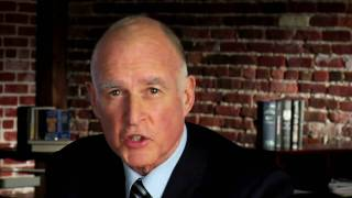 "I Like Jerry Brown (Katy Perry ""Hot N Cold"" song parody)"