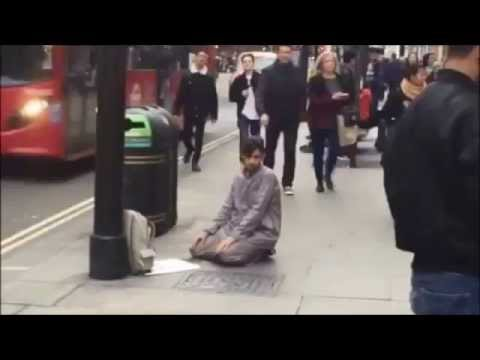 Dating a pakistani muslim man praying
