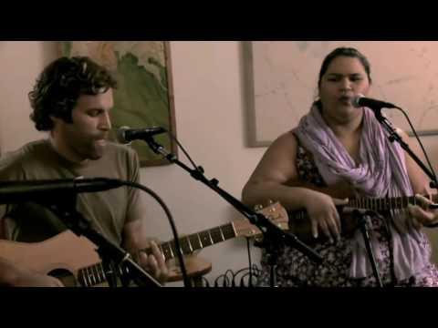 Country road - Jack Johnson with Paula Fuga