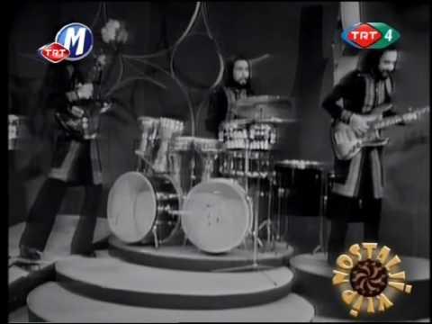 3 Hürel - Ömür Biter Yol Bitmez (1974)
