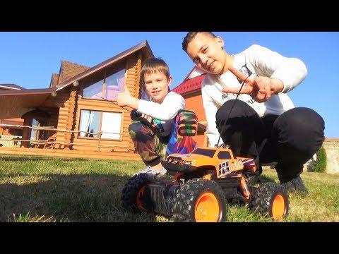 Мистер Макс и Саша устроили ГОНКИ на Off-road Truck подарок для Mister MAX