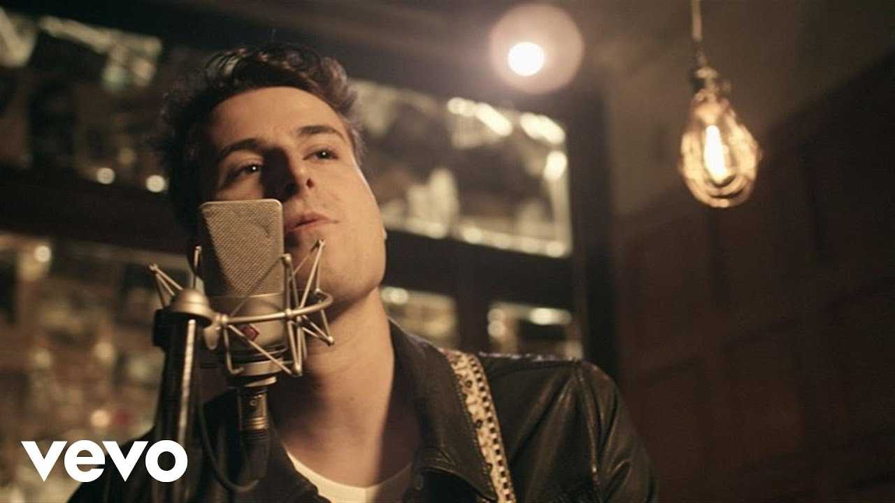 video: Bobby Bazini - Bubblegum (I Can't Stop This Feeling)