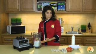 Raw Food Recipe: Creamy Red Bell Pepper Chipotle Soup With Cashew Sour Cream