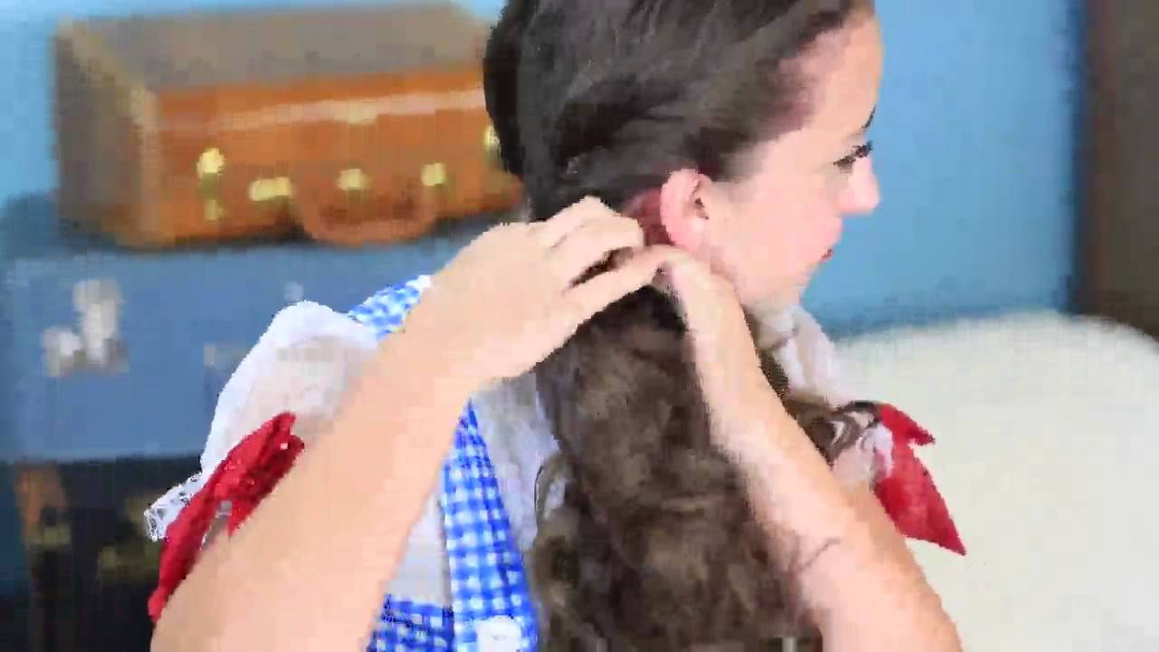 dorothy braids the wizard of oz halloween hairstyles