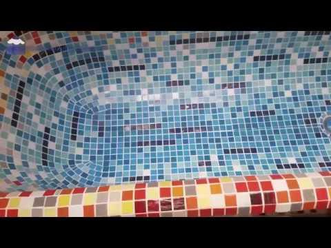 Оклейка ванны мозаикой
