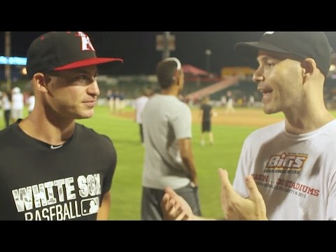 Zack Hample at a Minor League Baseball game in Lakewood, NJ (featuring White Sox prospect Alex Katz)