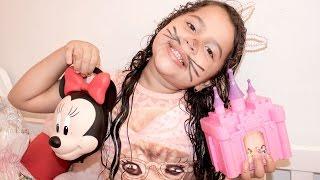 ABRINDO OVOS DE PÁSCOA - LadyBug, Princesas Disney, Minnie, Toy Store, Gata Marie