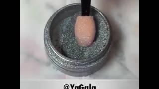 شاهد.. طريقة تطبيق طلاء الأظافر المطفى