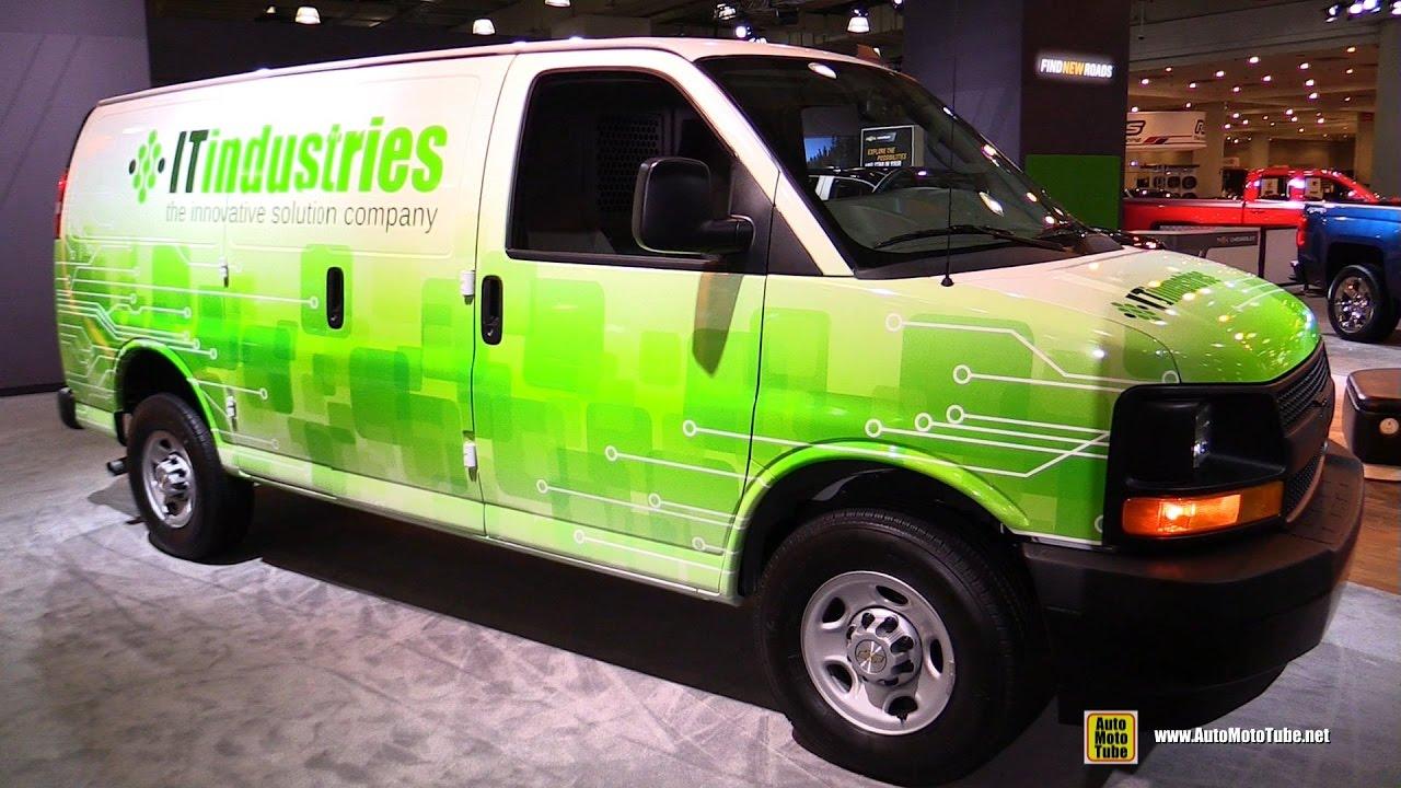 94f013fb41 2017 Chevrolet Express Cargo Van - Exterior and Interior Walkaround - 2017  NY Auto Show