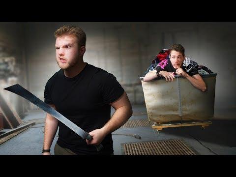 Hide and Seek In An Abandoned Warehouse! | GTA5