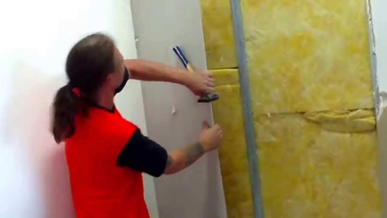 augsburger michel beim rigipswand abriss - youtube