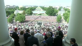 Pope addresses crowd on Capitol Hill (RAW)