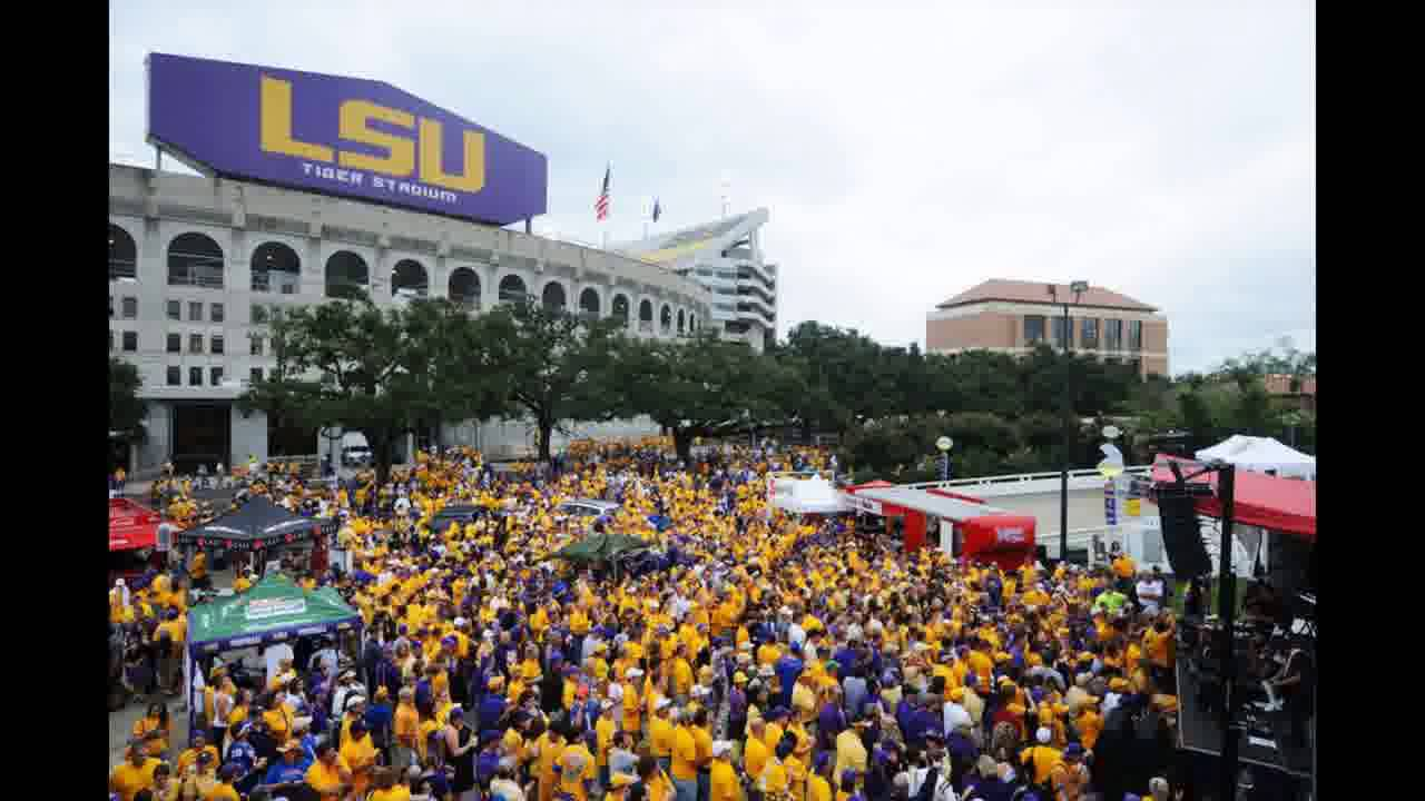 7a1635ed75f The 10 best tailgates in college football - YouTube
