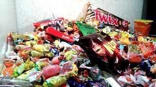 It's Time for CANDY -  A lot of Sweets -