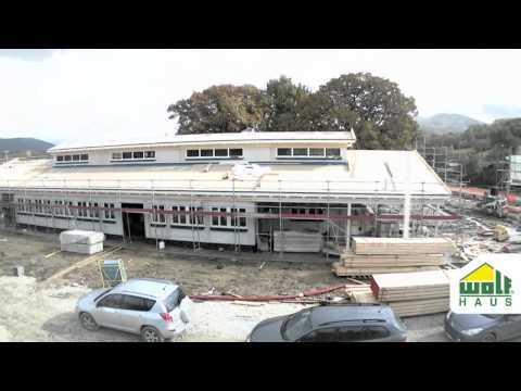Timelapse asilo prefabbricato in legno Wolf Haus -  Progetti sociali e pubblici in tempo record!