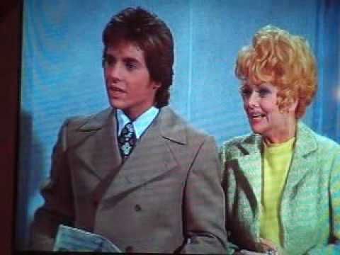 Lucie Arnaz and Desi Arnaz Jr. joking about dad Desi Sr.
