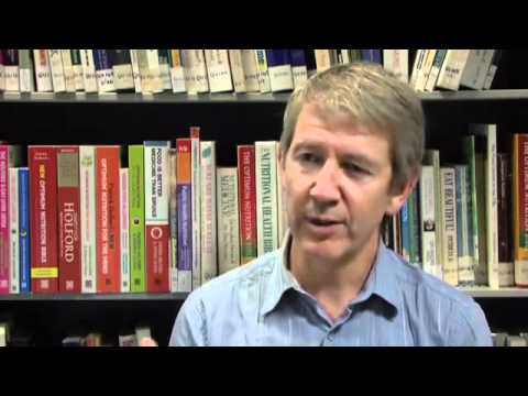 YouTube - An interview with Patrick Holford on nutrition & age-related illnesses Part 1.flv