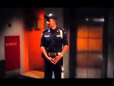 Film Indonesia   Ada apa dengan Pocong 2011 Full Movie low