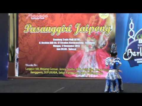 Sonia - pasanggiri kulu - kulu, Bandung Trade Mall 2013