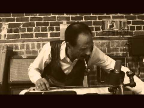 Freddie Roulette Lap Steel Master (Behind the scenes making a Daphne Blue  album)