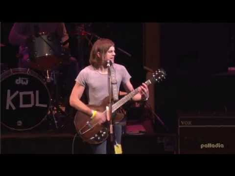Kings of Leon - Red Morning Light - Glastonbury 2004 [HD 1080p]