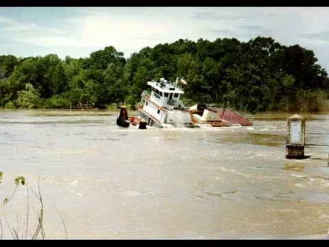 barge tug crash
