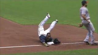 MLB runners tripping