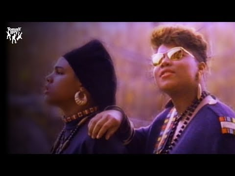 Queen Latifah - Ladies First (feat. Monie Love) [Music Video]