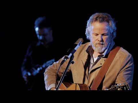 Robert Earl Keen Covers John Prine, Debuts Two New Songs