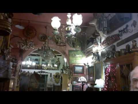 Antique shop in Rome
