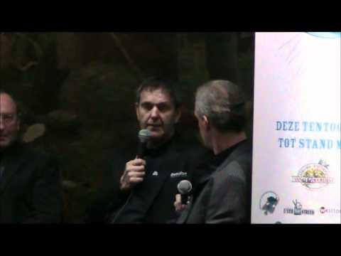 Holland Sport (special) : de kasseien van Parijs Roubaix from YouTube · Duration:  44 minutes 33 seconds