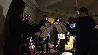 String Quartet - We Wish You A Merry Christmas, Jingle Bells, Home Alone - Somewhere In My Memory