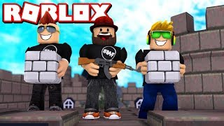 ROBLOX FORT WARS / BLOX4FUN SQUAD BUILDING TO SURVIVE!