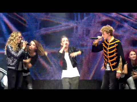 Slongs, Anke & Jens - 'When The Rain Begins To Fall'   Finale   The Voice Kids   VTM