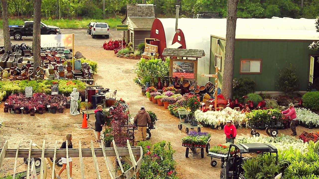 The Good Earth Garden Center Spring Timelapse! - YouTube