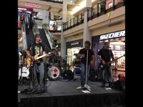 Bon Jersey Soundcheck - It's My Life  - Cambridge, MA