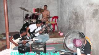 Offkeyband - Dari Jauh