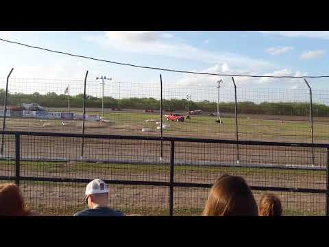 I 37 Speedway