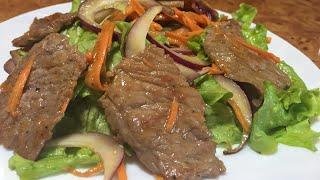 Тёплый салат с телятиной!Красивый, яркий и очень вкусный салат!)