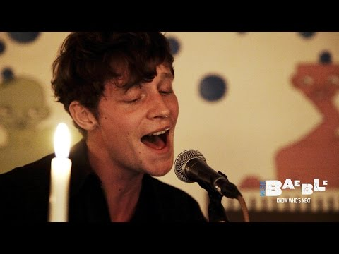 "Drowners perform ""Dreams Don't Count"" 