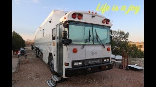 Bus conversion to Motor home #127 Bishops Castle first for Chris, Wess screams like a little girl